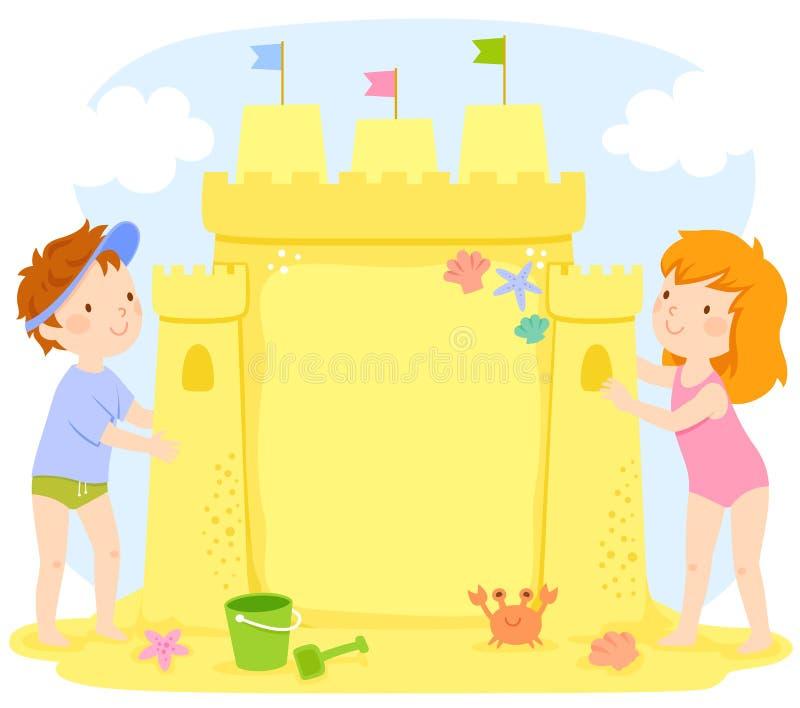 Ungar som bygger en sandslott med kopieringsutrymme royaltyfri illustrationer