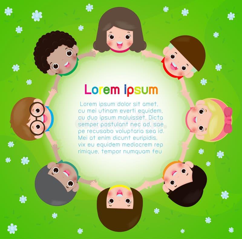 Ungar som rymmer händer i en cirkel på ängen, barns dag eller jorddag Kamratskapdag mall f?r annonseringsbroschyr vektor illustrationer