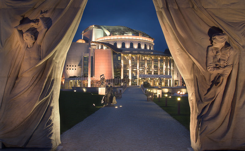 Ungarisches Nationaltheater lizenzfreie stockfotos