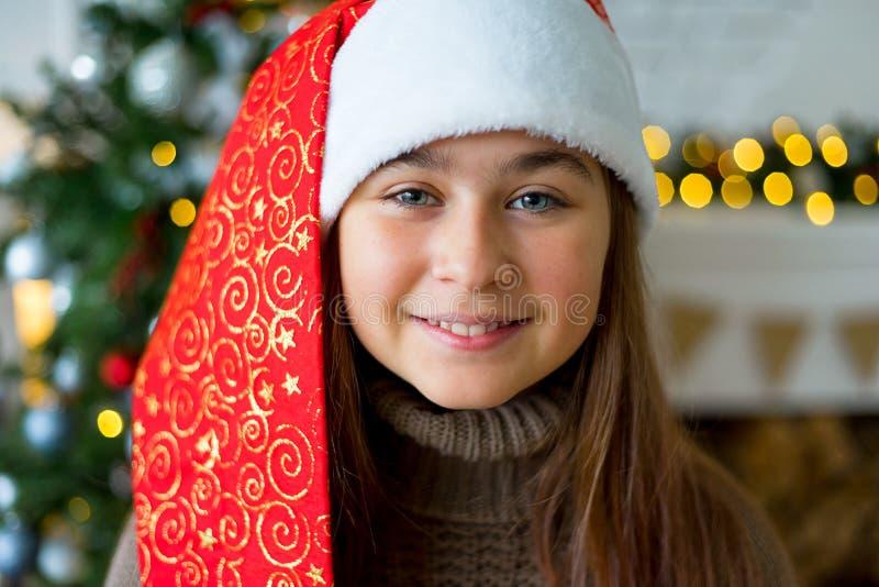 Download Unge som firar jul arkivfoto. Bild av little, gulligt - 106837540