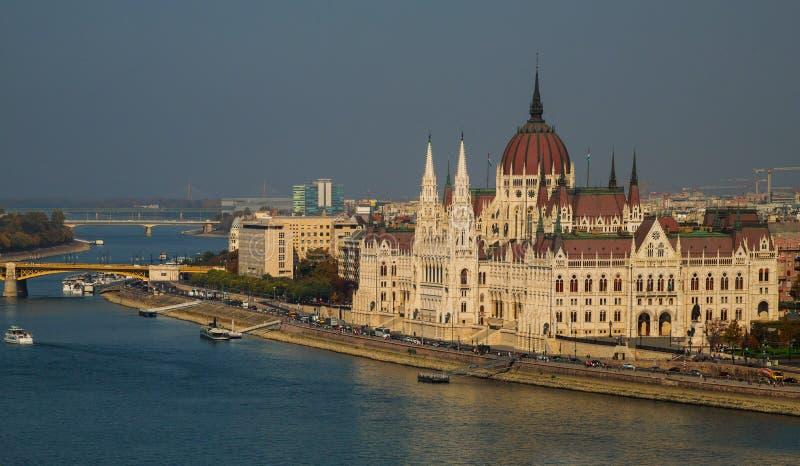 Ungersk parlamentpanoramaBudapest Ungern royaltyfri fotografi