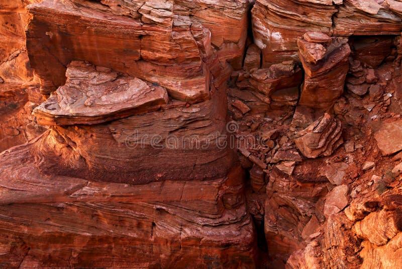 Ungesehener Schuss und Ansicht der gefährlichen Besichtigungslandschaft Nationalparks Arizonas Klippe der Kehre vor Mittagszeit lizenzfreie stockfotos