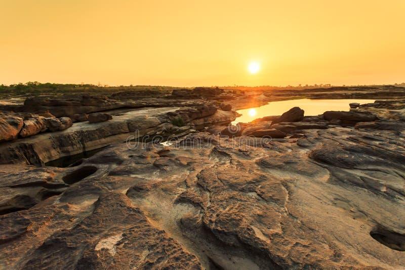 Ungesehenes Grand- Canyonsam-Wanne bok Thailands am ubonratchathani lizenzfreies stockfoto