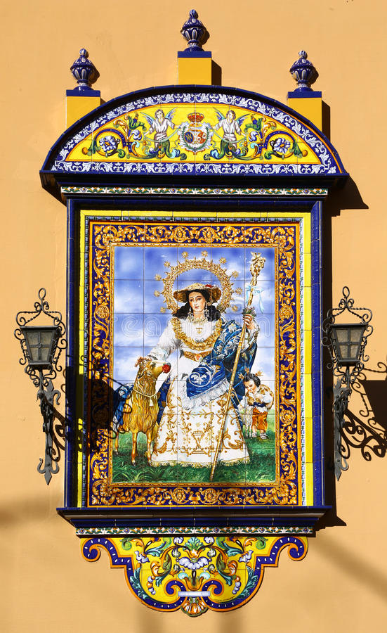 Ungewöhnliche Malerei von Jungfrau Maria auf azulejos, Sevilla lizenzfreie stockbilder