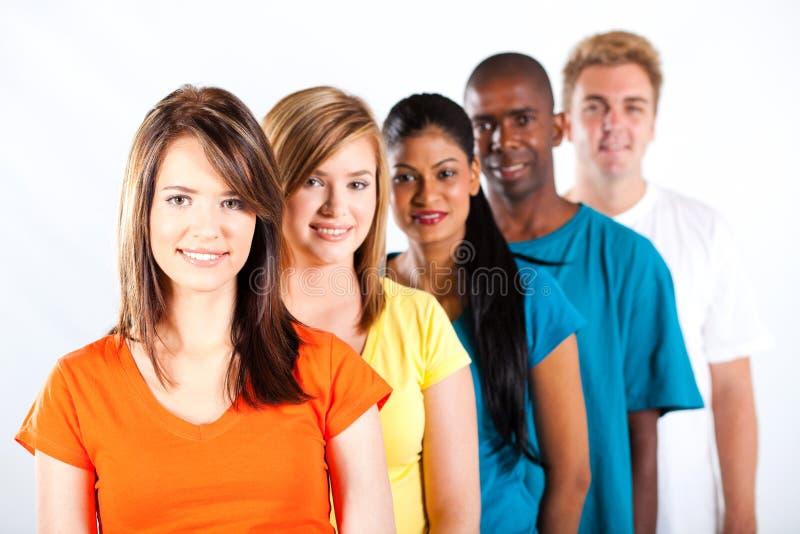 Ungt multiracial folk arkivbild