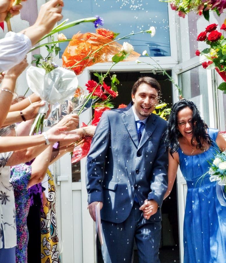 União - arroz e flores da esposa do marido fotos de stock