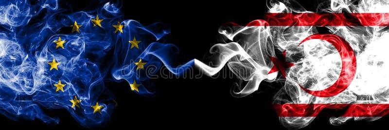 A União Europeia contra bandeiras do norte do fumo de Chipre colocou de lado a lado Bandeiras de seda coloridas grossas do fumo  ilustração do vetor