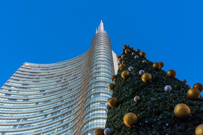 Uni secteur d'activité de tour de crédit Milan Italy Destination Travel SI photos stock