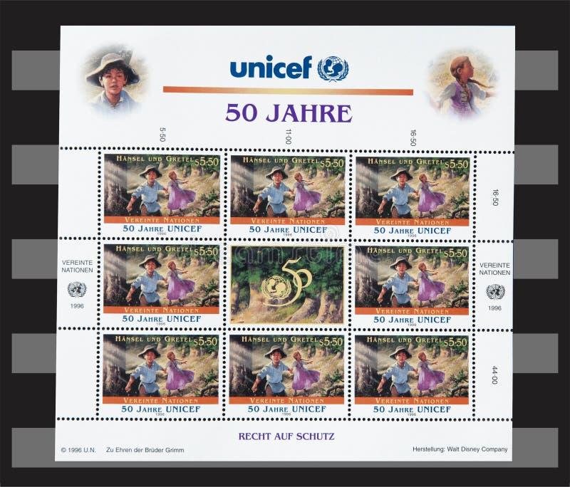 UNICEF ОбъединЕнной нации 50 лет штемпелей стоковое фото rf
