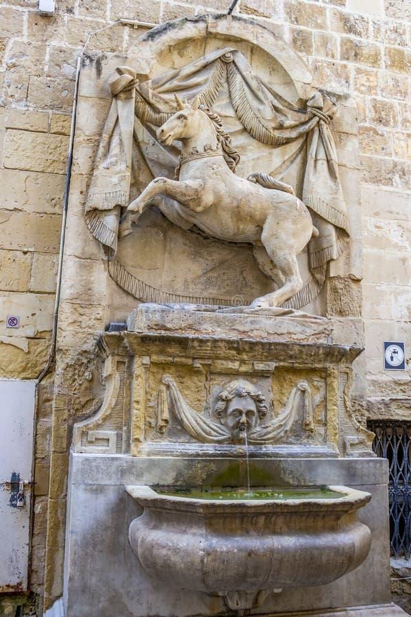 Unicorn Fountain i Valletta, Malta royaltyfri foto