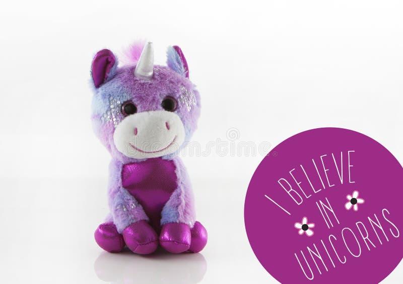 Unicorn Toy lindo con el texto imágenes de archivo libres de regalías
