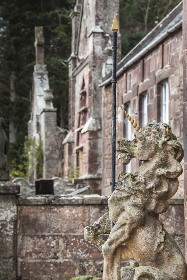Unicornio en el castillo de Delgatie en Escocia foto de archivo