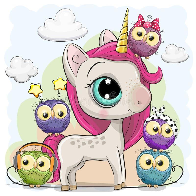 Unicorno sveglio del fumetto e cinque gufi illustrazione di stock