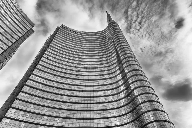 Unicredit塔,偶象摩天大楼在米拉财政区  图库摄影