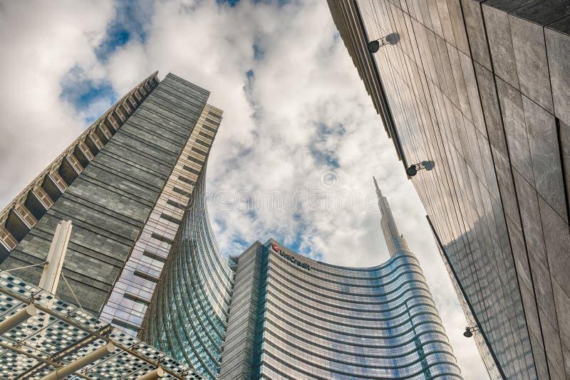 Unicredit塔,偶象摩天大楼在米拉财政区  库存照片