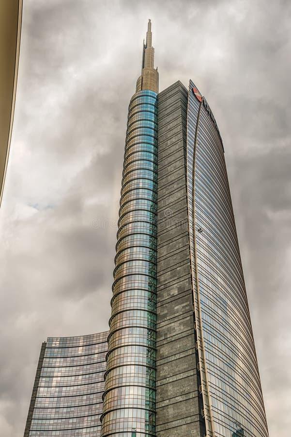 Unicredit塔,偶象摩天大楼在米拉财政区  免版税库存图片