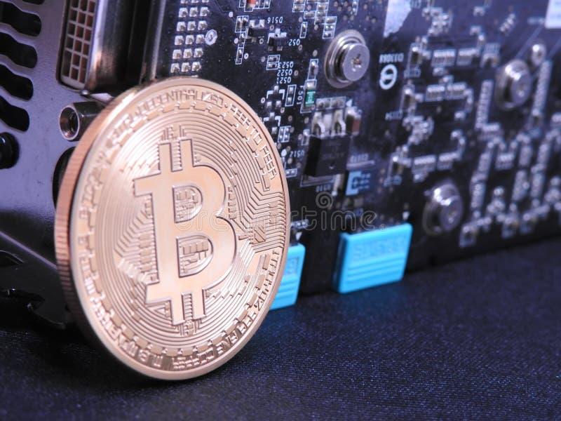 Unidad central de Bitcoin y de los gráficos o GPU fotos de archivo