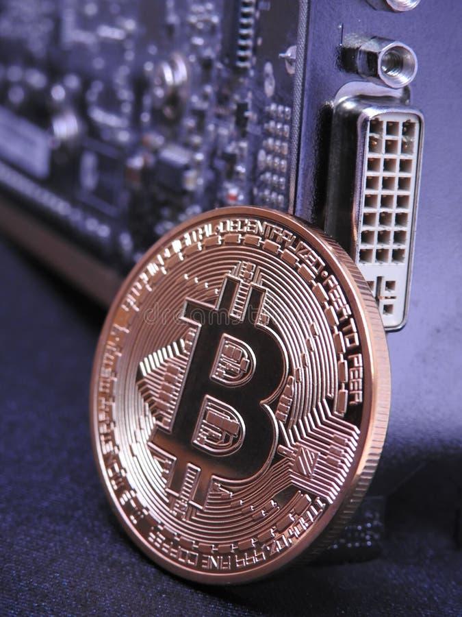 Unidad central de Bitcoin y de los gráficos o GPU foto de archivo