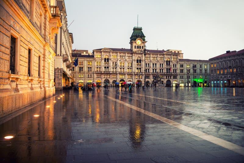 Unidad del cuadrado de Italia en Trieste, Italia imagen de archivo libre de regalías