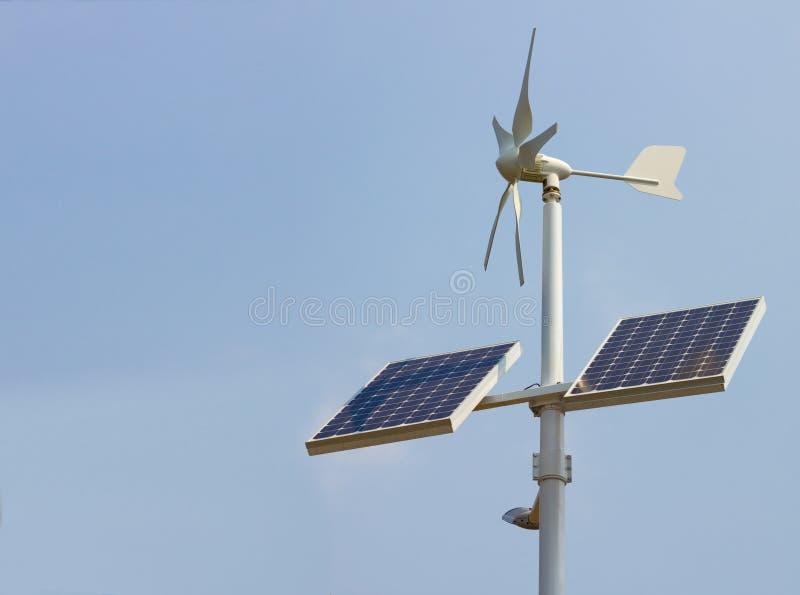 Unidade de potência solar doméstica imagens de stock royalty free