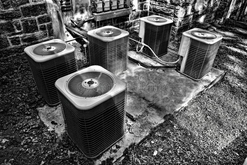 Unidades comerciales de los condensadores del acondicionador de aire de la HVAC imágenes de archivo libres de regalías