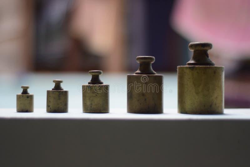 UNIDADES DE ESCALA TRADICIONAL DEL PESO imagen de archivo libre de regalías