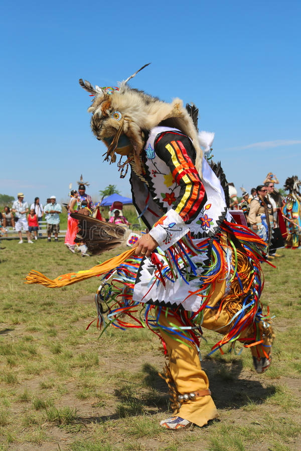 Unidentified Native American dancer at the NYC Pow Wow in Brooklyn. NEW YORK - JUNE 8, 2014: Unidentified Native American dancer at the NYC Pow Wow in Brooklyn stock photos