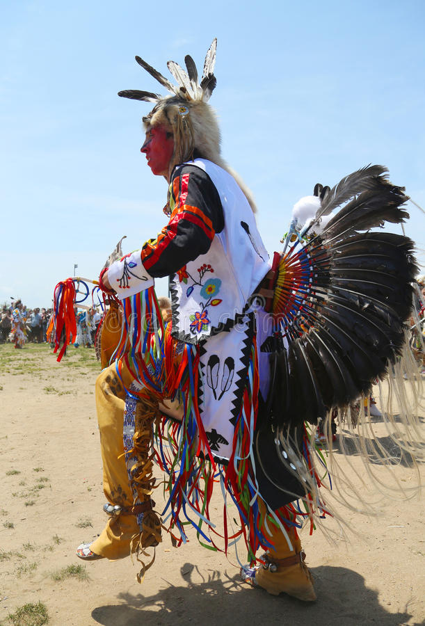 Unidentified Native American dancer at the NYC Pow Wow in Brooklyn. BROOKLYN, NEW YORK - JUNE 2:Unidentified Native American dancer at the NYC Pow Wow in stock photography