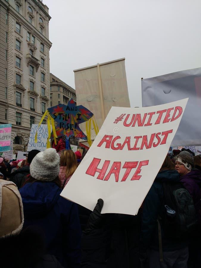 Unido contra o ódio Hashtag, o março das mulheres, Washington, C.C., EUA foto de stock royalty free