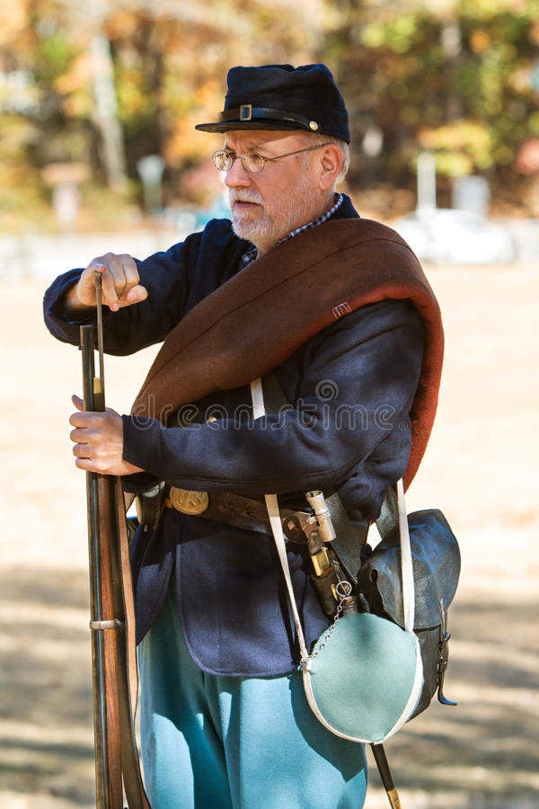Unie toont de Leger Burgeroorlog Reenactor Musketlading aan stock foto
