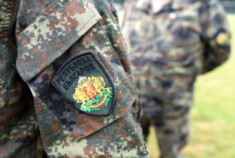 Uniforme do exército de Bulgária Tropas búlgaras fotografia de stock
