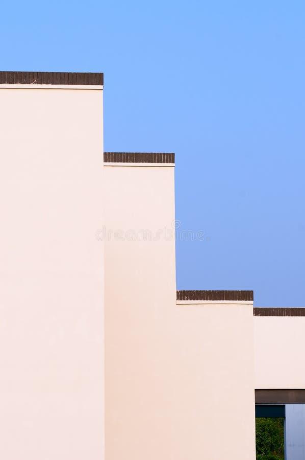 Download Unikalna ściana zdjęcie stock. Obraz złożonej z architraw - 21003434
