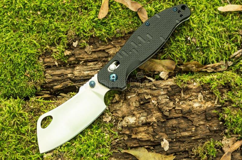 Unikalny falcowanie nóż niezwykły nóż Niezwykły kuchenny nóż zdjęcie stock