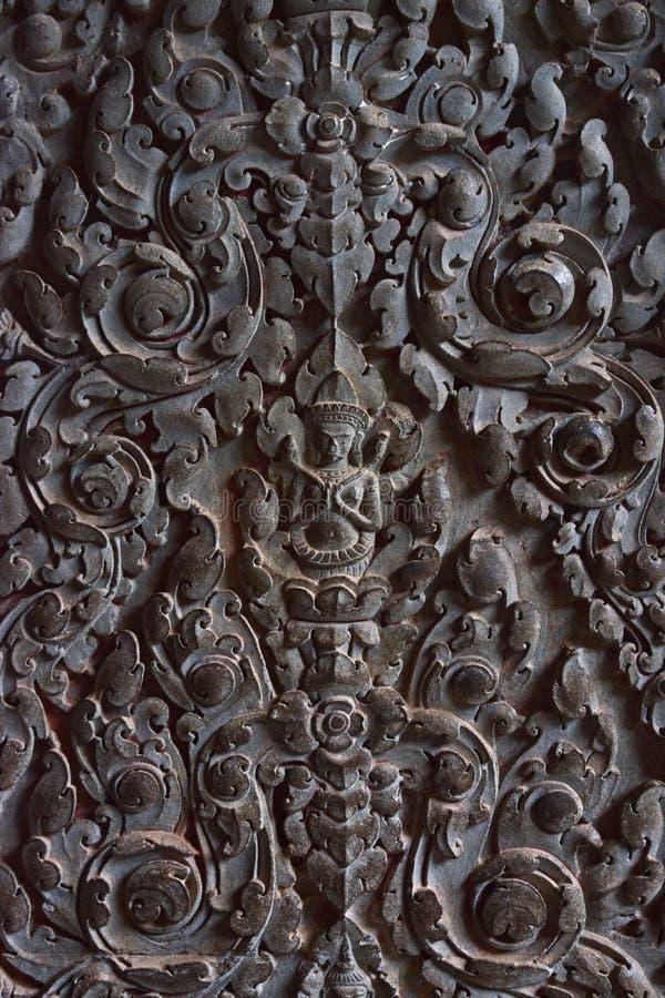 Unikalny ręk cyzelowań motyw na kamiennej ścianie i tarasie Angkor Wat zdjęcia royalty free