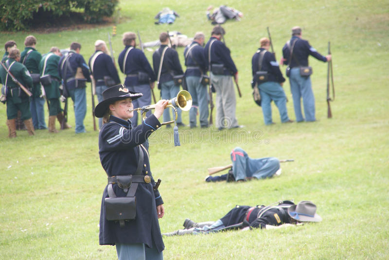 Download Union bugler playing taps editorial stock photo. Image of living - 9872038