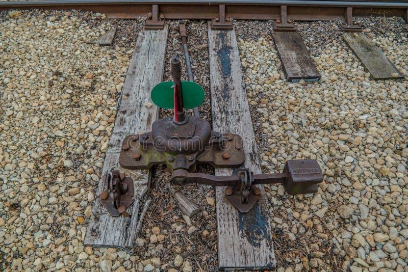 Union Illinois/USA - 6/6/2019 gamla drevspårswitcher i drevgård arkivfoton