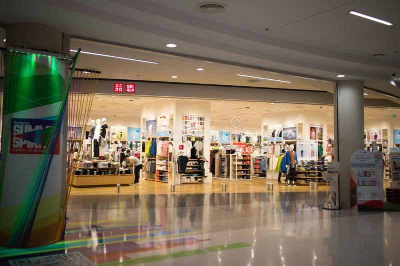Uniqlo-Speicher, japanischer Freizeitkleidungsdesigner stockfotografie