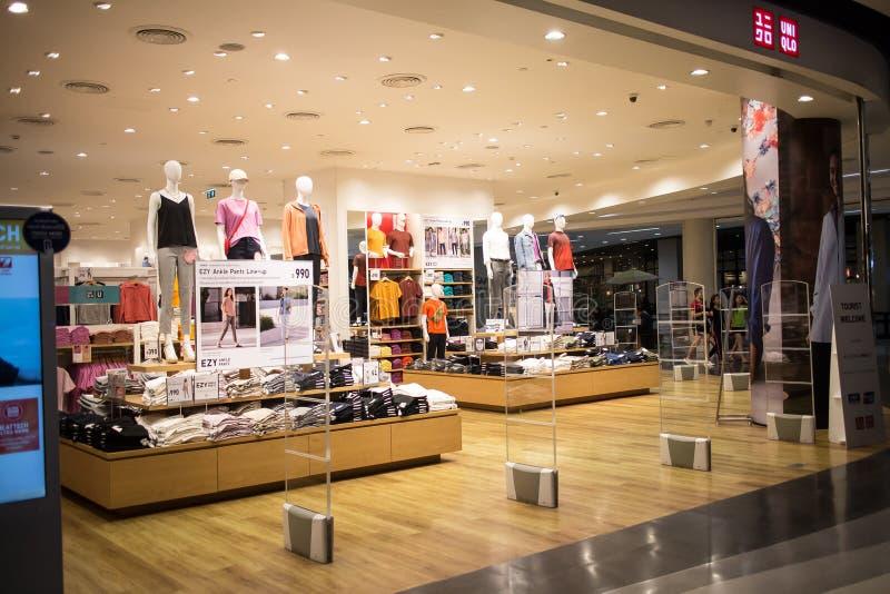 Uniqlo-Speicher, japanischer Freizeitkleidungsdesigner stockbild