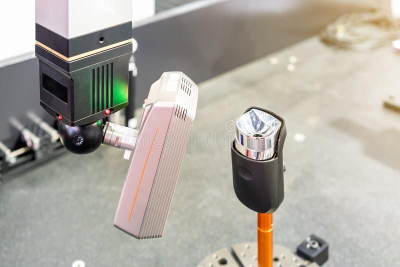 Unità alta vicina della testa della ricerca automatica a alta tecnologia e moderna del laser 3d per l'industriale di reingegneriz immagine stock libera da diritti