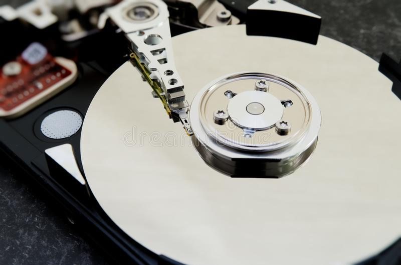 Unité de disque dur 3 5 pouces comme stockage de données avec la carte mère photo stock