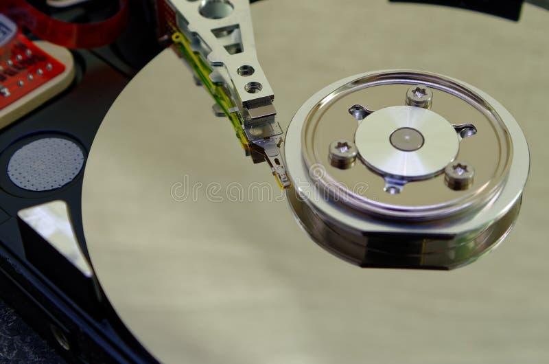 Unité de disque dur 3 5 pouces comme stockage de données avec la carte mère images libres de droits