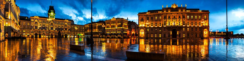 Unité de place de l'Italie à Trieste, Italie images libres de droits