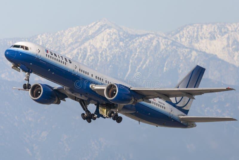 United Airlines Боинг 757-200 стоковые изображения rf