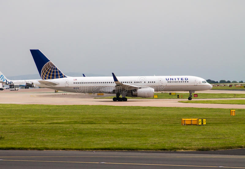 United Airlines Boeing 757 immagine stock