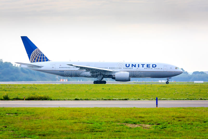 United Airlines Boeing 777 photo stock