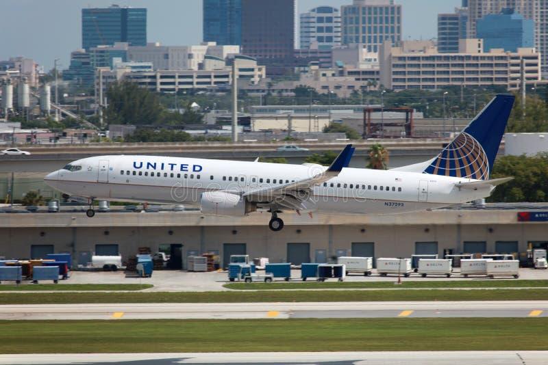 United Airlines Boeing 737-800 στοκ εικόνα με δικαίωμα ελεύθερης χρήσης