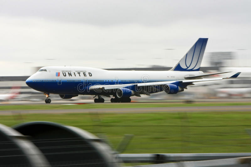 United Airlines Boeing 747 In Motion On Runway. Editorial Image