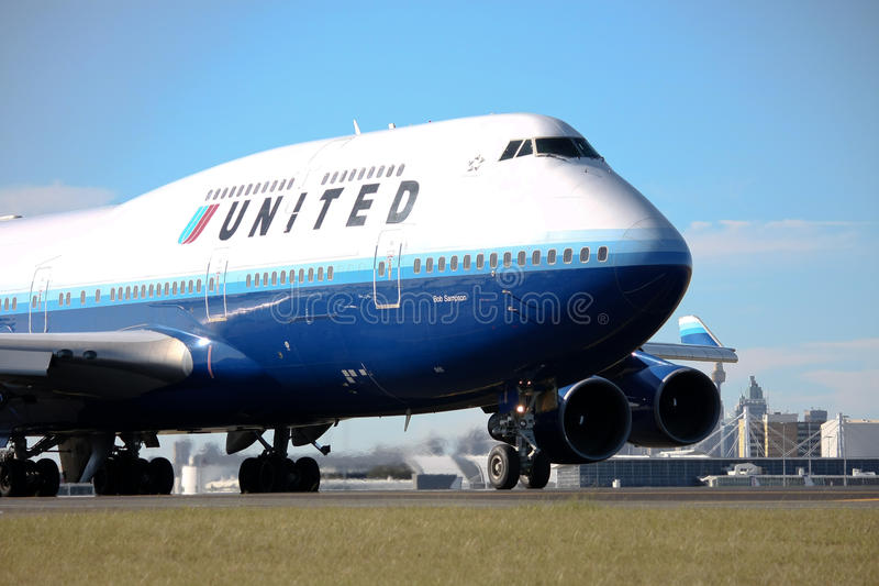 Download United Airlines Boeing 747 On Runway. Editorial Stock Photo - Image: 10671548
