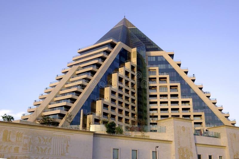 United Arab Emirates: Dubai-Pyramide stockfotos