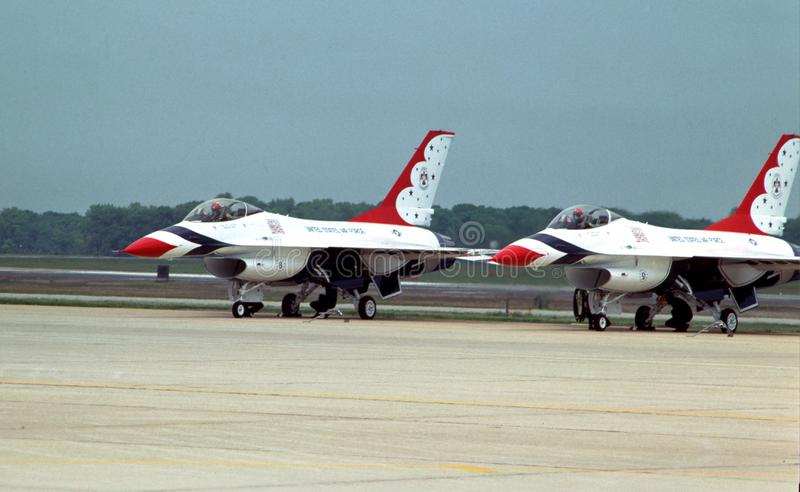 The United States Thunderbirds from Andrews Air Force Base  prepare too take off. The United States Air Force thunderbirds get ready to take off from Andrews Air stock images
